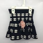 Váy nỉ Y-Silan màu đen có nhiều họa tiết dành cho bé gái