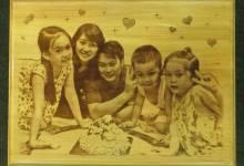 Handmade: Tự in tranh lên gỗ