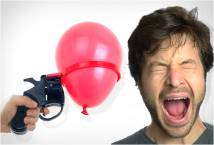 Gun-roulette-balloon-Sung-ban-may-man