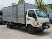 Xe-tai-Hyundai-7-tan-HD700-thung-kin
