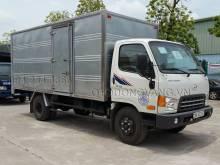 Xe tải Hyundai 7 tấn HD700 thùng kín