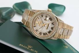 Rolex Day-Date Pave Roman Diamond Dial Diamond 18038 36mm Mens Watc 1:1