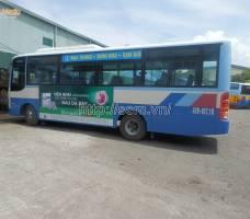 Viên nhai Kremil-S quảng cáo trên xe bus