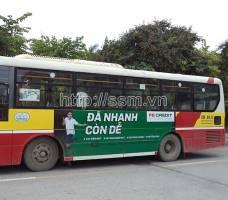 FE CREDIT quảng cáo trên xe bus tại Hà Nội