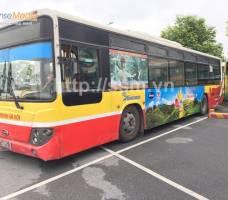 Dầu gạo Simply quảng cáo trên xe bus Hà Nội