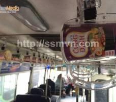 Mì Cung Đình quảng cáo trên tay cầm xe bus