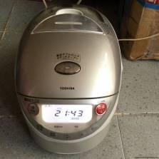 Nồi cơm điện Toshiba RC-10VSB