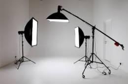 Studio cần bao nhiêu đèn cho phòng chụp sản phẩm và quảng cáo