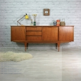 Teak Furniture for a Retro Chic Look