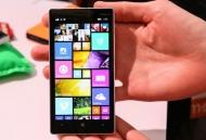 Thay mat kính cảm ứng màn hình lcd Lumia 620