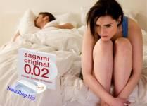 Vợ chồng méo mặt vì bị dị ứng bao cao su khi ân ái
