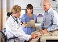 Chứng đau nhức xương khớp ở người cao tuổi