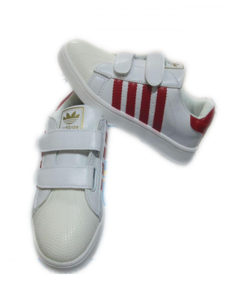 Giày Adibas