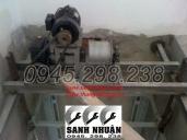 Thang-tai-hang-300kg-o-can-ruot