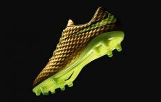 "Nike Hypervenom Phantom Gold Edition: Đôi giày ""trong mơ"" của Neymar"