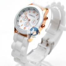 Đồng hồ GENEVA cỡ nhỏ