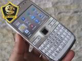 Nokia E72 màu trắng xách tay mới 99%
