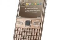 Rongmobile-com-Tren-tay-di-dong-doanh-nhan-Nokia-E72-gia-2-t