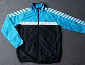 Áo khoác dù Adidas