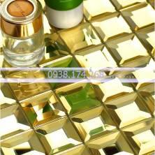 Gạch mosaic vát 4 cạnh màu vàng