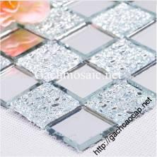 Gạch mosaic thủy tinh trắng gương hoa văn