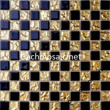 Gạch mosaic vàng đen hoa văn