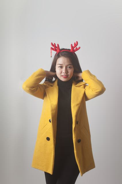 Áo dạ Kimtan 4 cúc màu vàng nghệ