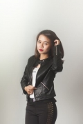 Áo da màu đen 2