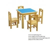 Bán bàn học gỗ cho trẻ em mầm non mẫu giáo tiểu học
