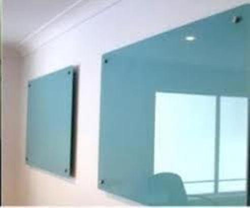 Bảng kiếng văn phòng kích thước 1200x2300mm