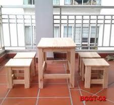 đóng bàn ghế gỗ thông