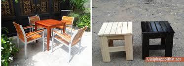 gỗ thông làm bàn ghế