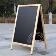 Bảng menu gỗ 2 mặt khung gỗ chân xếp gọn kích thước 700 x 1000 mm