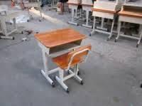 Bàn học trẻ em - Giá ưu đãi tại http://banghemamnon.net