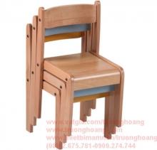 bàn ghế gỗ mầm non 11