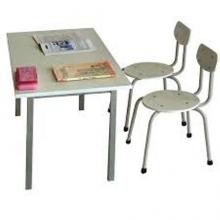 mua bàn ghế cho trẻ mẫu giáo 3