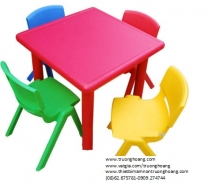bàn ghế cho bé mẫu giáo 4