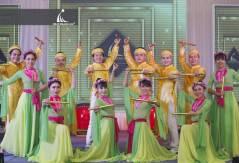 Cung Cấp Nhóm Nhảy, Múa