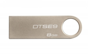 USB Kingston 8.0GB DTGE9 màu vàng