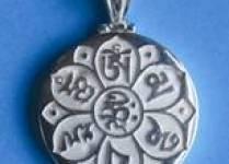 Những lợi ích tinh thần & tâm linh của việc đeo trang sức