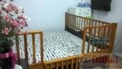 Chặn giường bằng gỗ cho bé