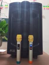Loa-keo-Karaoke-K180-kem-2-mic