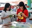 Xuất bản sách văn học góp phần xây dựng nhân cách Việt
