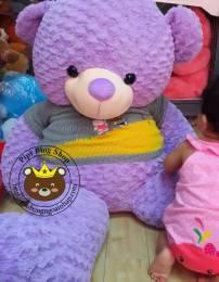 Gấu bông to Teddy tím áo len (1m4)