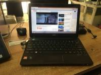 netbook acer one 725 màn 12 inch