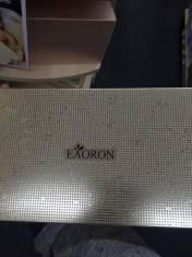 EAORON Ultra anti-wrinkle face serum giúp giảm các vết nhăn và căng da mặt, da cổ.