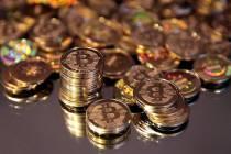 Đồng tiền vàng bitcoin giá rẻ