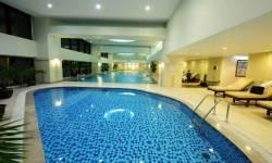 Làm thế nào để chọn được gạch trang trí hồ bơi tốt ?