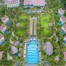 Nghi-Duong-2N1D-Tai-Sonata-Resort-Spa-Phan-Thiet-4-Tang-Set-An-Trua-Toi