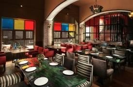Thiết kế bàn ghế bar, nội thất bar phong cách